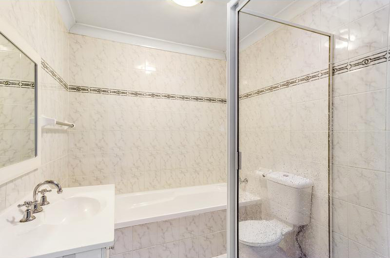 6-chelmsford-road-south-wentworthville-4